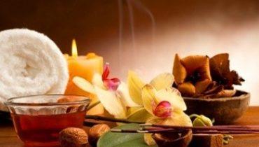 Aromaterapia benessere con gli oli essenziali