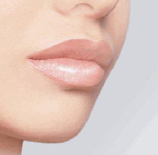 trucco correttivo per la bocca
