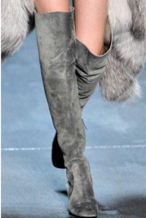 Tendenza-moda-stivali-inverno-2011-2012-a-gamba-alta-alla-Michael-Kors