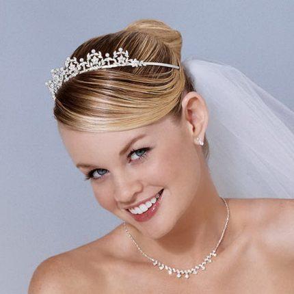 Acconciature Per La Sposa Con Diadema