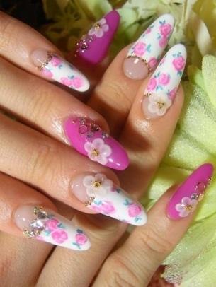Floral Nail Art 6