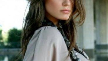ivana-mrazova-foto-della-modella-valletta-a-sanremo-2012