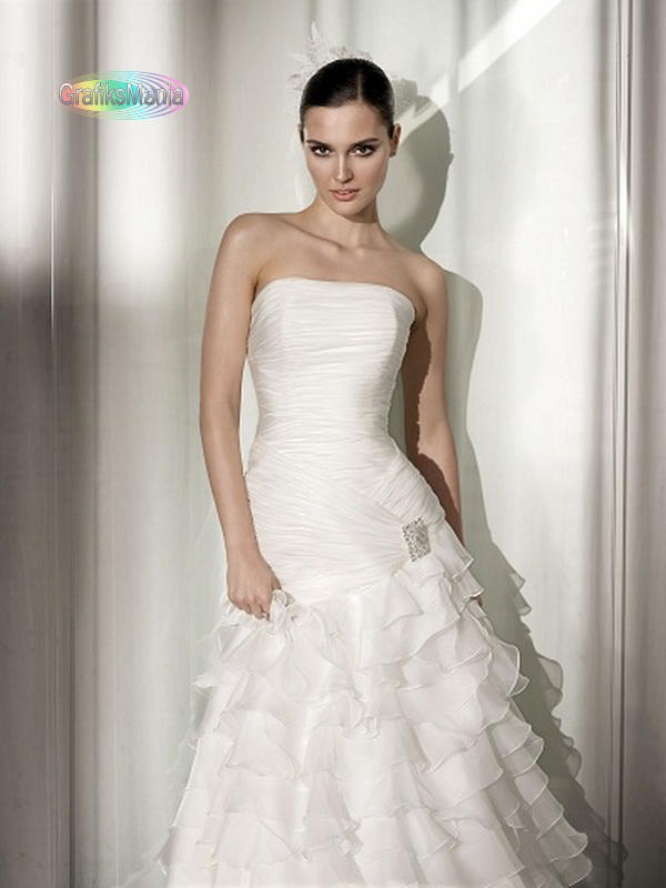 Pepe-Botella-Bridal-2012-2