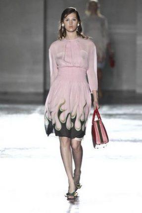 Prada collezione abbigliamento donna primavera estate 2012-1