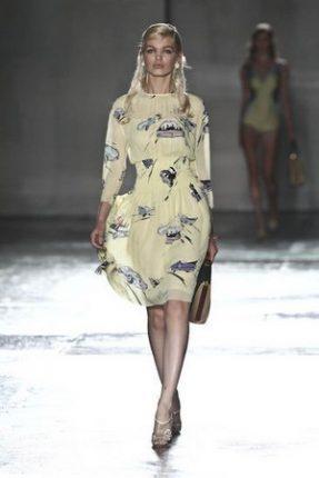 Prada collezione abbigliamento donna primavera estate 2012