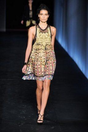 Roberto Cavalli collezione abbigliamento primavera estate 2012-1