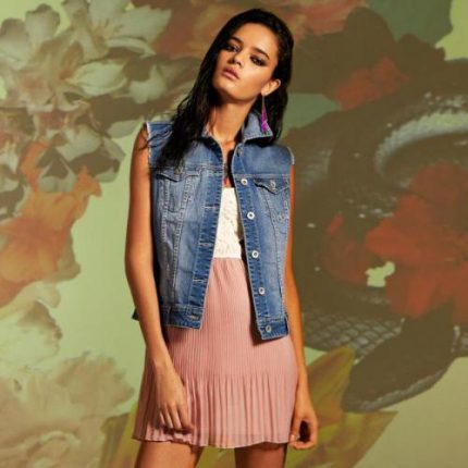 Stradivarius Lookbook abbigliamento primavera estate 2012-1