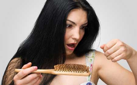 Caduta intensa di capelli