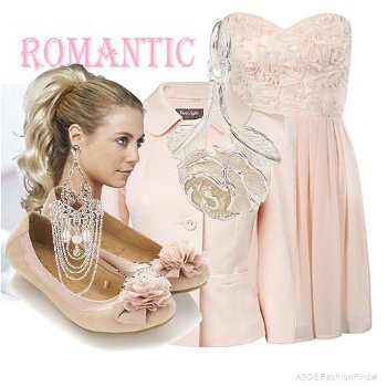 Outfit fashion New Romantic