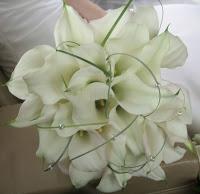 bouquet di calle e perline