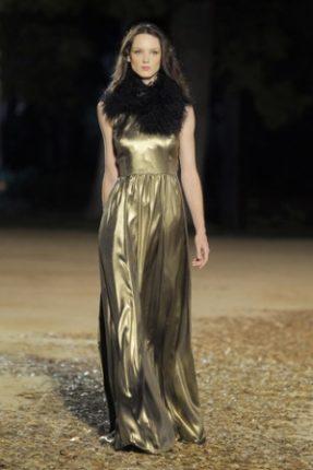 Mango-abito-oro-moda-Autunno-Inverno-2012-2013