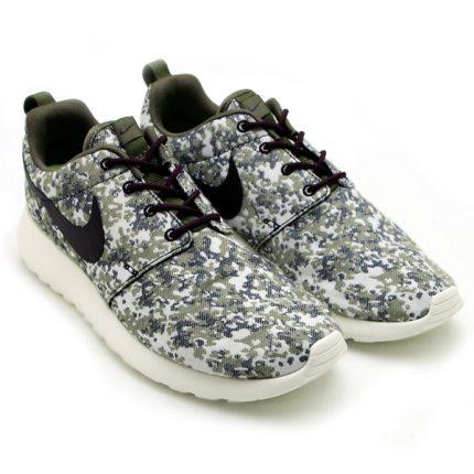 Nike-Womens-Roshe-Run-Premium-Camo-Medium-OliveSail-1