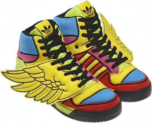 adidas-originals-jeremy-scott-autunno-inverno-2013-sneakers-colorate-con-ali