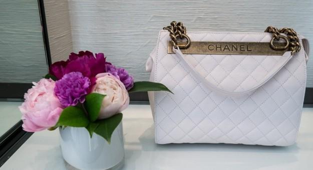 chanel-la-handbag-bianca-della-cruise-2013