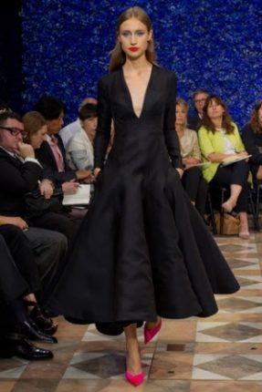 Christian Dior Pasarela 601589097 320x480