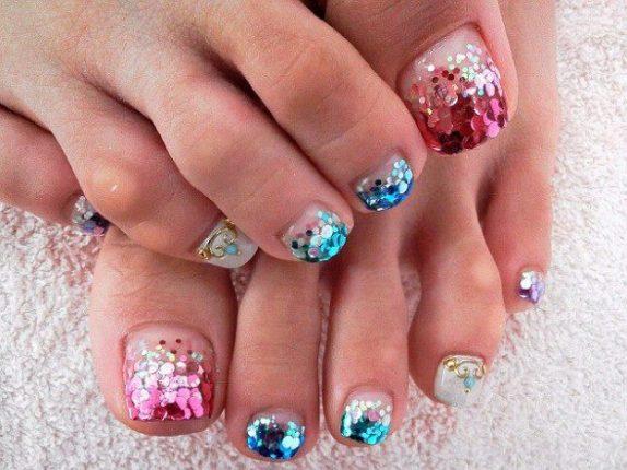 nail-art-piedi