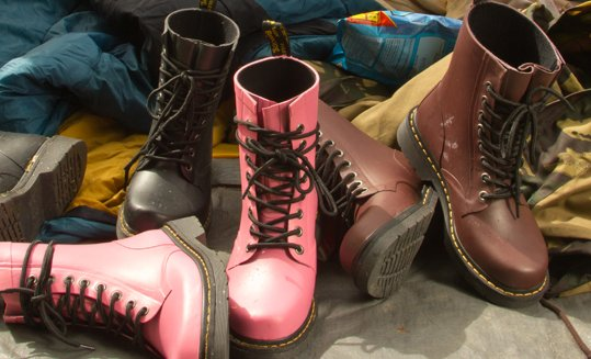 Dr-Martens-anfibi-donna-autunno-inverno-2013