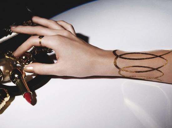 dior-golden-tatoo-tatuaggi-in-oro