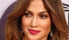 Jennifer-Lopez-look-al-gala-del-UNESCO