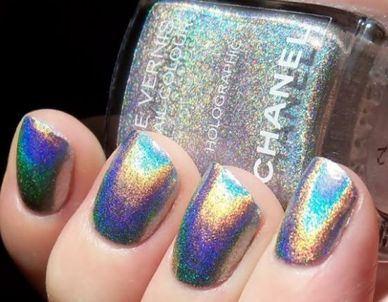 chanel-smalto-holographic-natale-2012
