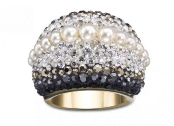 swarovski-collezione-autunno-inverno-2012-anello-chic-royalty