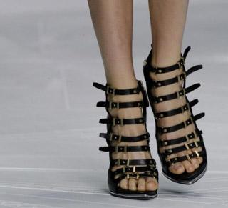 Roberto-Cavalli-scarpe-primavera-estate-2013