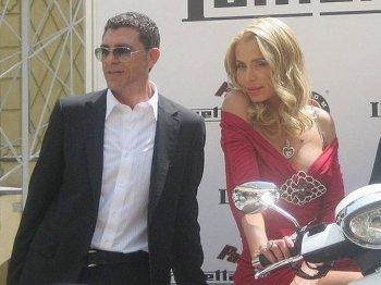 Valeria-Marini-sposa-Giovanni-Cottone