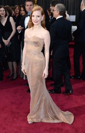 Jessica Chastain  trend abito Beige