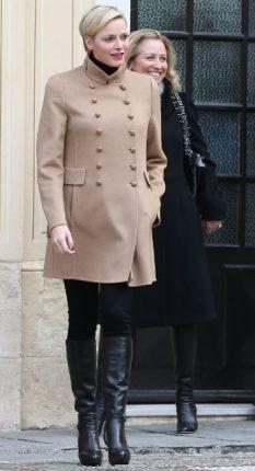 Principessa Charlene di Monaco trend capottino Beige