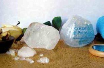 Allume di potassio deodorante naturale