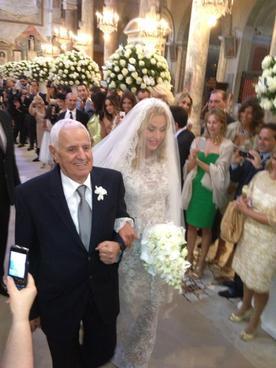 Valeria Marini sposa