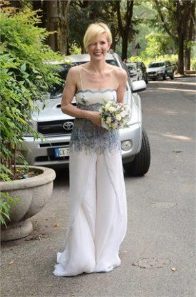 Gaia De Laurentiis sposa abito pantaloni
