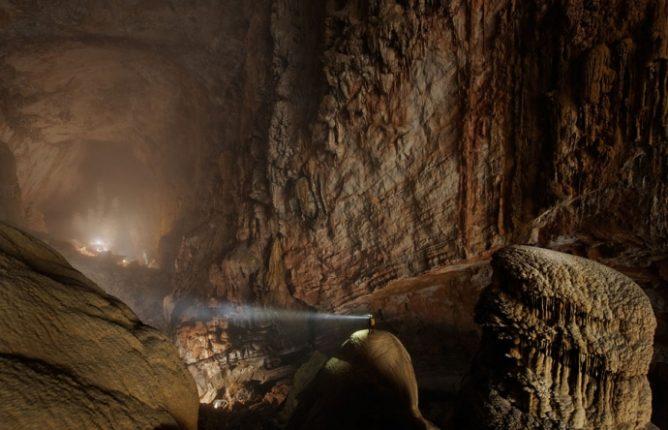 Grotta Di Han Canzone Dung Vietnam