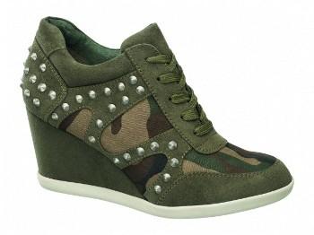 Sneakers con zeppa interna Scarpe Deichmann presenta catalogo moda della  nuova collezione calzature autunno inverno ... 5a46f7de23f