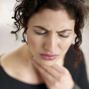 3 rimedi più efficaci per il mal di gola