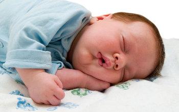Le dimensioni del polso del bambino - un indicatore della salute