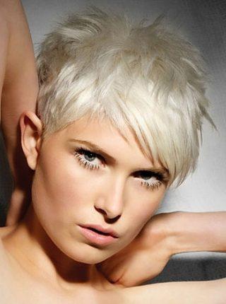 Tendenze di colore dei capelli 2014 taglio capelli corto platino