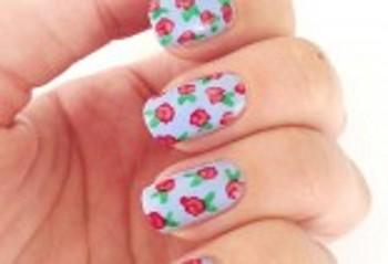 Manicure Boccioli di rosa romantici