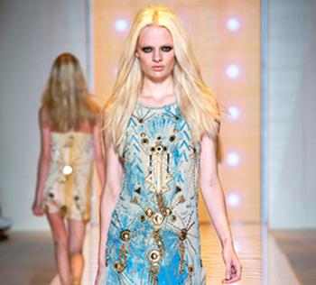 Versace autunno inverno 2014 2015 abbigliamento donna