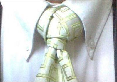 Diversi modi come fare nodo alla cravatta 013