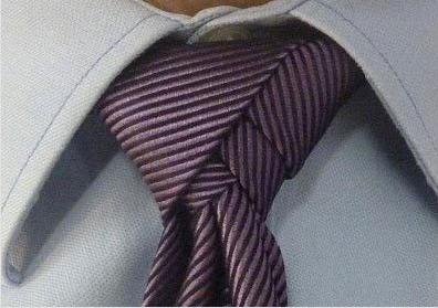 Diversi modi come fare nodo alla cravatta 028