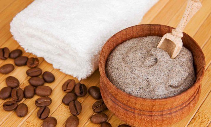 Scrub cellulite con il caffè