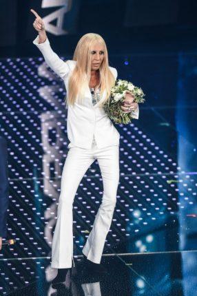 Virginia Raffaele Donatella Versace Abiti E Look Sanremo