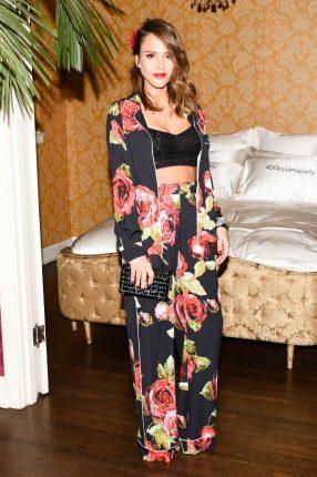 Jessica Alba Dolce Gabbana Pigiama Party