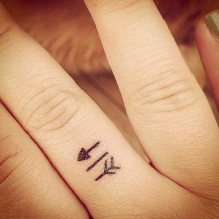 Tatuaggo freccia 07