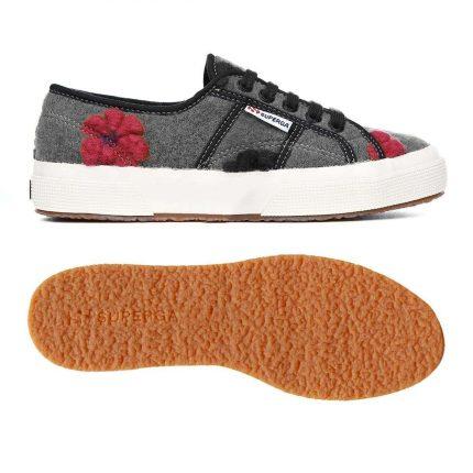 Sneakers Con Applicazioni