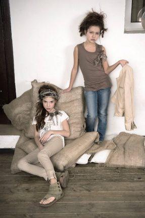 Abbigliamento ragazze Artigli Girl primavera estate 2013