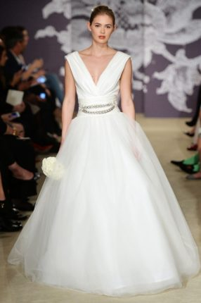 Abito da sposa con gonna in tulle Carolina Herrera 2015
