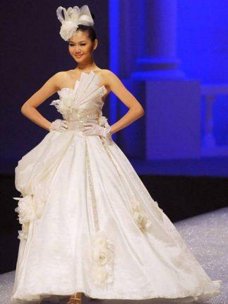 Abito da sposa di Tsai Meiyue