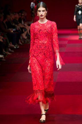Abito rosso Dolce & Gabbana primavera estate 2015